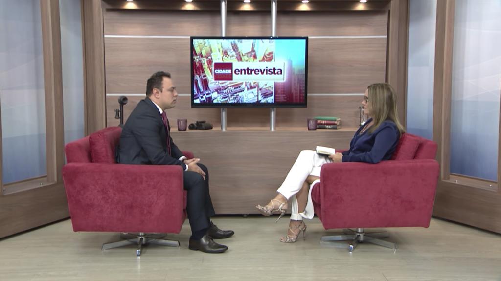 Programa Cidade Entrevista da Rede Massa/ SBT entrevista Thiago Napoli